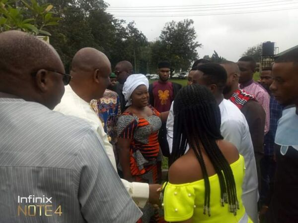 Governor Udom Emmanuel visits victory chapel in UNIUYO, donates 20 million naira