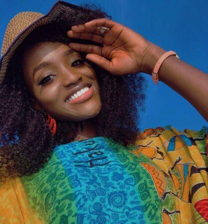 Bukunmi Oluwashina bio
