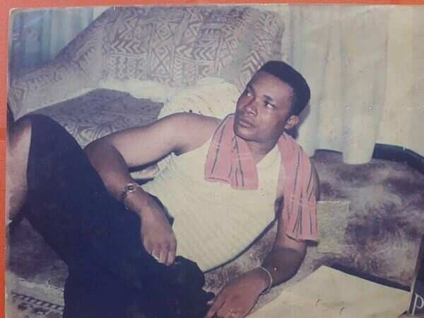 Jerry Amilo throw back picture 600x450