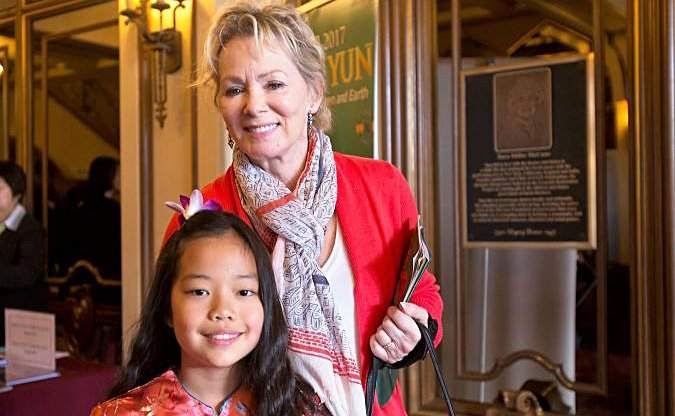 Jean Smart and Bonnie Kathleen Gilliland