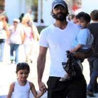 Halina Ramamurthy and her father Sendhil Ramamurthy